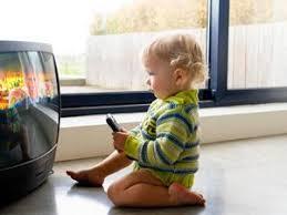 Es importantísimo tener en cuenta que la televisión no es una niñera para los niños.